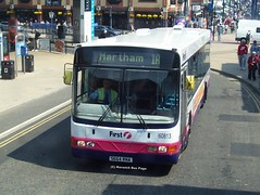 First Great Yarmouth 60813 S664RNA (Joe (Norwich Bus Page)) Tags: volvo great n first wright yarmouth nbp renown b10ble 60813 s664rna norwichbuspage