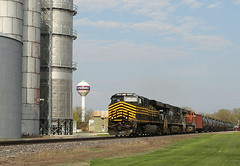 Strolling Through Steward (JayLev) Tags: ns watertower elevator bnsf steward norfolksouthern nickelplate nkp