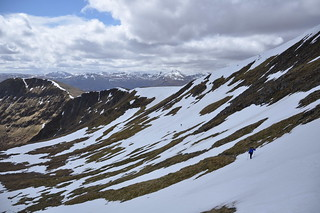 the walk up to Sgurr Na Fearstaig
