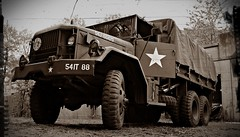US Army MACK NR truck 6X6 (PictureJohn64) Tags: 6x6 truck army us nikon traffic military transport historic commercial transportation bridgehead heavy mack nr forces bussum routier leger vrachtwagen lastwagen lkw historique oorlog historisch histrico zwaar vervoer lastbil fuerzas voertuigen krig 2013 lastebil landmacht historisk terrestres crailo 6ton d5100 landstreitkrfte picturejohn64 landstyrker