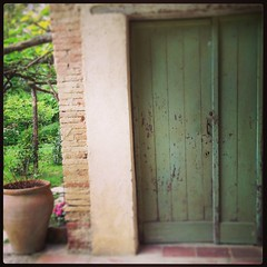 Le Tupe' Door Way (MarketingBarefoot) Tags: door france green antique terracotta books southern barefoot conference provence ambassador ambassadors stucco