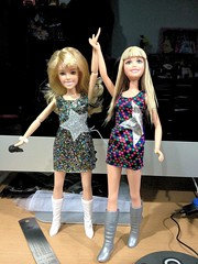 Hannah Montana The Movie dolls (sumisu_2110) Tags: hair movie store montana doll hannah disney changing exclusive mattel channel disneychannel hannahmontana mileycyrus