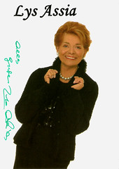 Lys Assia (Truus, Bob & Jan too!) Tags: cinema film vintage movie star kino european swiss postcard cine screen singer actress movies lys postale cartolina carte postkarte assia filmstar ansichtkaart lysassia