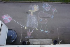 Daft Punk Is Right Outside My House, My House (mrjorgen) Tags: oslo norway robot chalk chalkdrawing 17may daftpunk roboter 16mai syttendemai thomasbangalter kritt guymanuel guymanueldehomemchristo krittegning krittroboter chalkrobots