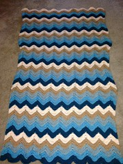 Debora Fichtner (The Crochet Crowd) Tags: ripple crochet mikey yarn blanket afghan april redheart chevron challenge freepattern 2013 freecrochetpattern thecrochetcrowd oceanoceanwavesafghan