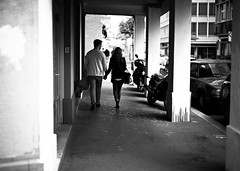 couple (gato-gato-gato) Tags: street leica bw white black blanco monochrome digital person 50mm schweiz switzerland flickr noir suisse strasse zurich negro hard streetphotography pedestrian rangefinder human monochrom zrich svizzera weiss zuerich blanc manualfocus schwarz onthestreets passant m9 zri mensch sviss  langstrasse zwitserland isvire zurigo werd kreis4 fussgnger manualmode zueri aussersihl strase   kreischeib messsucher manuellerfokus gatogatogato leicasummiluxm50mmf14asph fusgnger leicam9 gatogatogatoch wwwgatogatogatoch