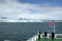 Lilliehöökbreen in Krossfjorden - 47 (Yipski) Tags: cruise norway glacier svalbard arcticcircle krossfjorden msexpedition gadventures polardaylight lilliehöökbreen