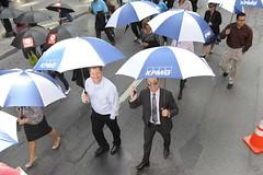 moca-3334 (Centraide du Grand Montréal) Tags: canada quebec montreal marche parapluie evenement centraide