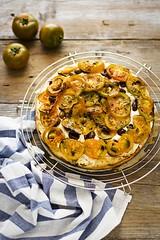 Focaccia con pomodori sardi (Oggi pane e salame, domani...) Tags: vegetables canon bread estate pizza vegetarian recipes pane ricetta flatbread f