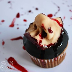 Zombie Buffet Cupcakes Nose (Avalon Cakes) Tags: nose blood zombie cupcake gore gory modelingchocolate zombiebuffet severdnose