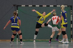 "VL2F Handball SG Überruhr 2. Frauen vs. NHC 1. Frauen 08.02.2014 023 • <a style=""font-size:0.8em;"" href=""http://www.flickr.com/photos/64442770@N03/12393606424/"" target=""_blank"">View on Flickr</a>"