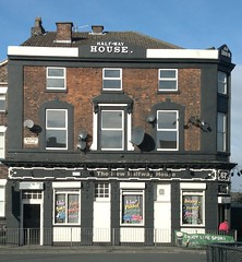 "The New Halfway House, Kirkdale, Liverpool • <a style=""font-size:0.8em;"" href=""http://www.flickr.com/photos/9840291@N03/12824275535/"" target=""_blank"">View on Flickr</a>"