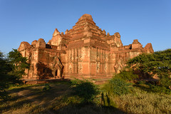 Bagan, Myanmar - Dhammayangyi Temple @Sunset (GlobeTrotter 2000) Tags: travel sunset shadow mist tourism silhouette sunrise temple ruins asia ballon buddhism visit dust angkor pagodas bagan dhammayangyi shwegugyi stupas