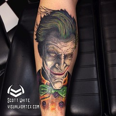 Finished the Joker tattoo today! #joker #batman #DCcomics #dc #whysoserious #arkham #tattoooftheday #tattoosbyscottwhite #visualvortex #alteredstatetattoo #comics #comictattoos #www.visualvortex.com