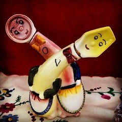 Oil & Vinegar (neshachan) Tags: kitsch tchotchke oilandvinegar figural