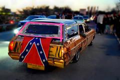 Confederate flag. (Papa Razzi1) Tags: wagon estate confederateflag 2016 7135 128365 obehrigagaejtilltrde beersofa thebarkarbycarmeet2016