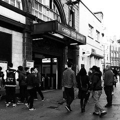 london #camdentown #tube #underground #people #blackandwhite... (ER-Photo) Tags: people blackandwhite london monochrome underground tube streetphotography camdentown blackandwhitephotography uploaded:by=flickstagram instagram:photo=12434222695910811582204679691