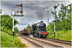 48624. On freight ... (Alan Burkwood) Tags: steam locomotive freight loughborough lms gcr 8f stanier 48624