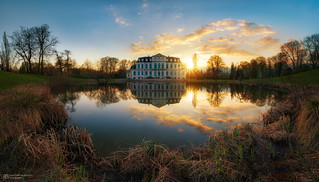 wilhelmsthal palace sunset