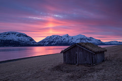 Hytta (Kaspartheater) Tags: roof sunset sky grass norway clouds barn norge sonnenuntergang shed olympus fjord troms m43 lyngen worldbest lyngenalps