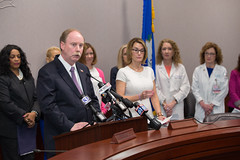 McLachlan 2016-05-09 Press Conference HB 5233 Breast Cancer Screenings (7 of 12)