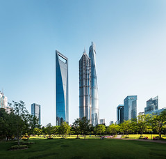 The three towers (pfn.photo) Tags: blue green skyscraper asia cityscape shanghai towers clearsky greenspace wolkenkratzer megacity nosmog