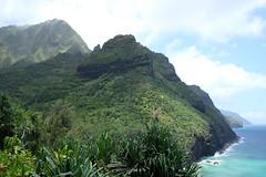 Napali Coast Kalalau Trail (bruzasd) Tags: hawaii coast trail kauai kalalau napali 2016