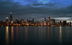 Chicago at Night (Eric Cooper 1) Tags: chicago skyline night