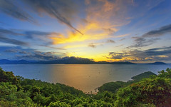 sunset in Sontra peninsula (t_nguyendn84) Tags: landscape peninsula sontra danang mountain island sunset nature clouds dawn mountains tree travel