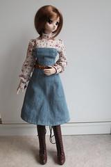 Melancholy... (Ninotpetrificat) Tags: cute fashion toys diy belt doll dress handmade moda hobby kawaii denim dd dollfie coser vestido puppe mueca cinturon dollfiedream japantoy japandoll ropademueca