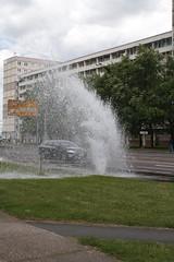 Der Geysir von Halle (julia_HalleFotoFan) Tags: hydrant wasser hallesaale merseburgerstrase