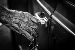 Marcas (tayllon4000) Tags: old people blackandwhite white man black branco brasil lights hands nikon working preto e maranho solus d7100