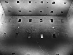 Stadtbibliothek Stuttgart #06 (gallmese) Tags: blackandwhite blancoynegro window architecture germany deutschland stuttgart library fenster schwarzweiss bianconero badenwrttemberg stadtbibliothek siyahbeyaz svarthvit nmetorszg feketefehr czarnobiay