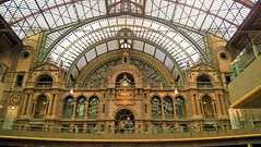 Antwerpen station (Mado AwaD) Tags: roof building architecture ma arch vault rotunda mado 2016