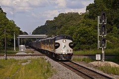Streamliner Northbound (Colin Dell) Tags: railroad train ns railway southern crawford ocs f9 streamliner norfolksouthern 952 f9a