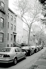 Deep in Brooklyn Heights (Bill Smith1) Tags: nyc brooklynheights xtol ilfordhp5400 leicam42 spring2013 voightlander35f28skoparlens