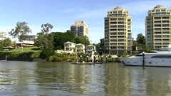 Passing Kangaroo Point Brisbane-2 (Sheba_Also) Tags: point brisbane kangaroo passing
