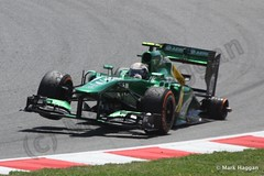Giedo van der Garde's car afer losing a wheel at the 2013 Spanish Grand Prix (MarkHaggan) Tags: cars wheel race accident sunday f1 grandprix formulaone formula1 motorracing caterham tyre motorsport circuitdecatalunya threewheels giedo vandergarde giedovandergarde caterhamf1 2013spanishgrandprix racer2