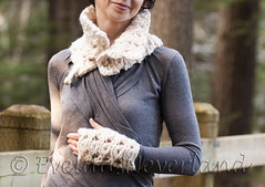 Handknit designer chunky lace texture neckwarmer and fingerless gloves SET in natural cream (eveldasneverland) Tags: hot texture scarf natural designer unique cream knit gloves accessories wrist trend custom warmers chunky ecofriendly neckwarmer fingerless cowl eveldasneverland