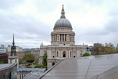 StPaulsCathedral 177 E W (laurencemackman) Tags: england london architecture modern walk towers christopherwren c20 stpaulscathedral cityoflondon financialcentre chrisrogers twentiethcenturysociety c20society onenewchange ianmcinnes newmembersevent previousevents