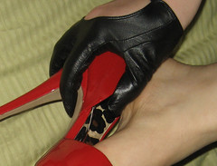 IMG_8881 (heellover91) Tags: red woman black sexy feet girl leather foot high hands toes soft pumps toe arch touch smooth gloves heels peep rub rubbing peeptoe
