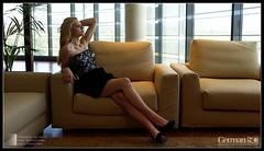 Taller Santiago Amo (German SC) Tags: portrait woman primavera spain catalonia blond workshop taller catalunya reus dona retrat atf rossa tamron1750f28 sonyalphadslra200 atravsdelvisor germansc