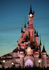 Lights on at Sleeping Beauty's Castle (rvr) Tags: paris castle disneyland castillo sleepingbeauty belladurmiente