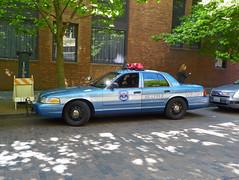 Seattle PD_1691 (pluto665) Tags: car squad cruiser patrol copcar p71 policeinterceptor cvpi