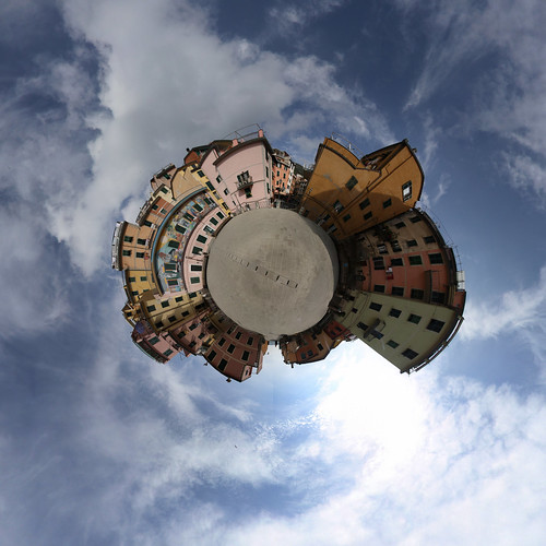 Riomaggiore - Little Planet