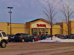 Linens to the Maxx! (Nicholas Eckhart) Tags: ohio usa retail america us fremont oh former 20 pike stores tjmaxx perrysburg linensnthings 2013 rossford