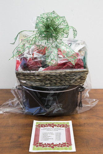 Human Resources Basket- Crockpot Cooking with Human Resources