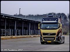 VOLVO FH16 GolebetrotterXL - Hans Brolsma - NL (7) (PS-Truckphotos) Tags: volvo fh16 golebetrotterxl hans brolsma nl airbrush belgien niederlande frankreich lastbil truck lorry 2014 lasbil lkw lastwagen truckfoto truckphoto truckspotting sweden schweden norwegen norway dänemark denmark europe europa deutschland tyskland germany netherland holland benelux belgia france truckshow pstruckphotos lkwfotos truckpics truckphotos lkwpics supertrucks trucking fotos truckfotos lastwagenfotos lastwagenbilder trucks belgium luxembourg truckspotter lkwbilder supertruck camion