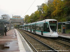 Meudon-sur-Seine (ernstkers) Tags: citadis lightrail ratp station streetcar t2 tram tramvia tranvia trolley strasenbahn elctrico sprvagn bonde