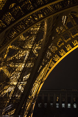 Eiffel Tower by Night (IFM Photographic) Tags: paris france ex night canon eiffeltower sigma os nighttime latoureiffel champdemars 75007 7th f28 dg 70200mm 7me gustaveeiffel 7e 600d hsm sigma70200mm ladamedefer 7tharrondisment arondisment sigma70200mmf28exdgoshsm img7098a